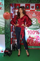 Bollywood Actress Shilpa Shetty Stills in Tight Jeans at Launch Of   0038.jpg