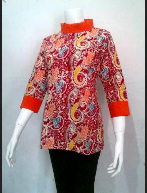 Model Baju Kerja Batik Wanita Modern