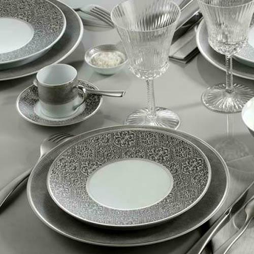 As se fabrican las vajillas de porcelana industrialmente for Vajillas que no se rompen