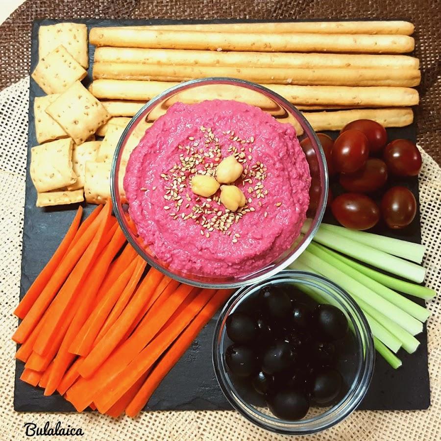 Hummus de remolacha Bulalaica