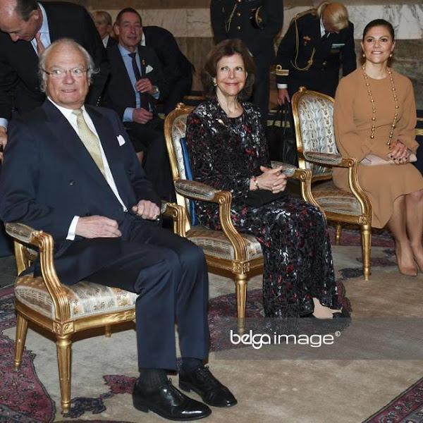 Księżniczka Victoria i para królewska na koncercie, pociąg imienia Estelle + więcej