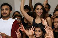 Kiara Advani Black Tank Top Tight leggings Tu Cheez Badi Hai Mast Mast~  Exclusive 07.JPG