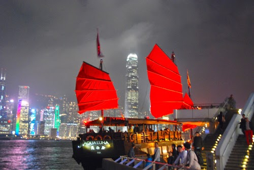 Aqua Luna Sampan Night Cruise hong kong china