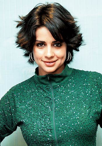 10 Feather Cut Hairstyles That Indian Celebs Rocked Feather Cut