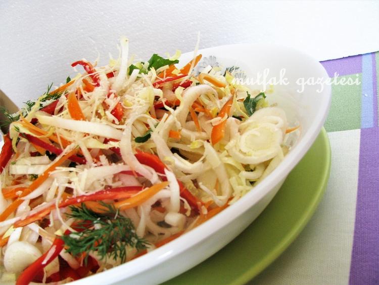 beyaz hindiba-endive-salatası tarifi