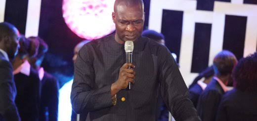 KOINOS: Download powerful soaking worship songs by Minister