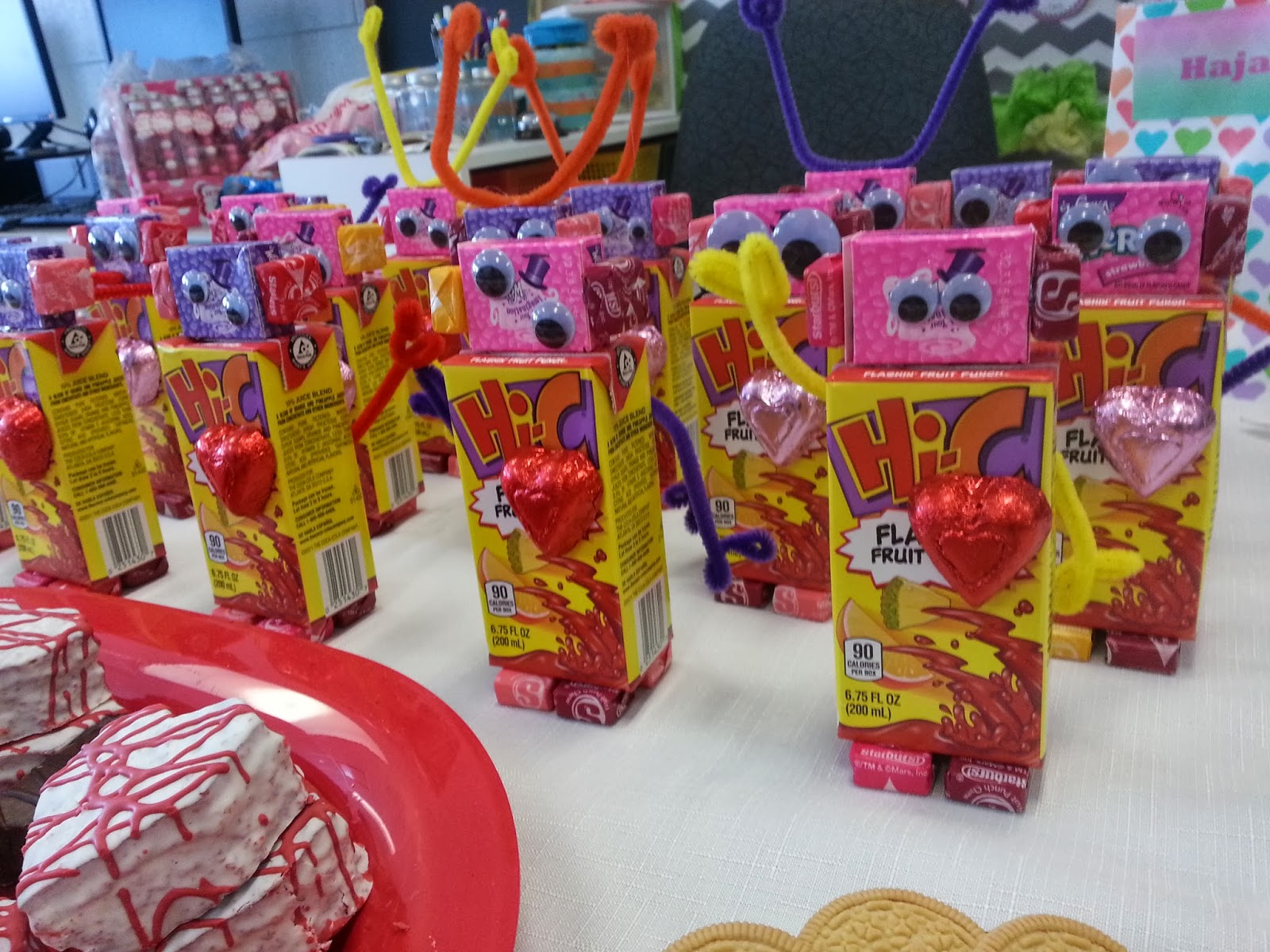 Second Grade Nest Valentine S Day Party And New Reading Logs
