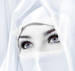 Malaikat Munkar Nakir Diusir Wanita Mulia