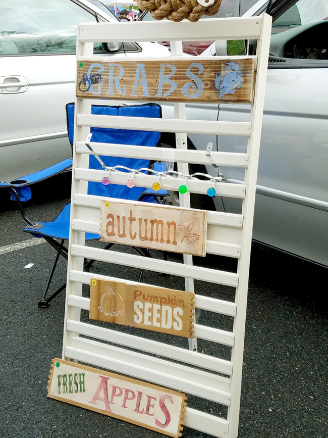 wooden signs for Summer and Fall