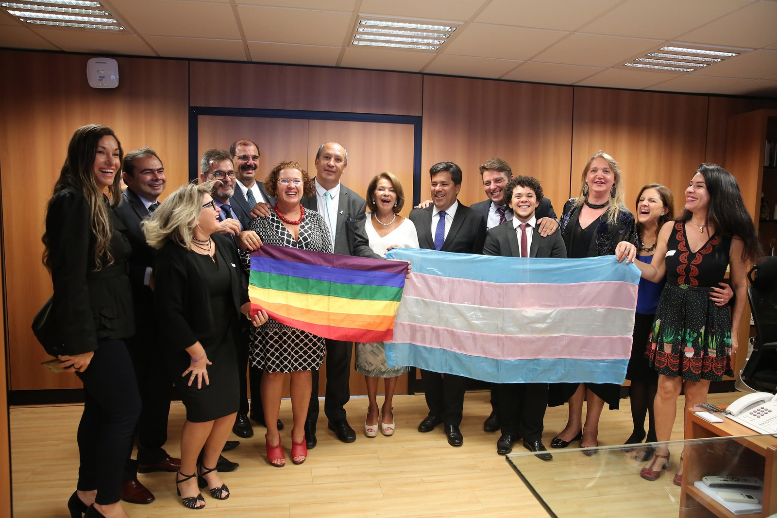 Resolução permite que pessoas trans usem o nome social nas escolas do Brasil