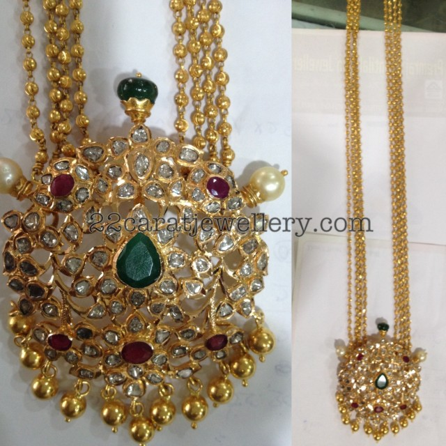 Chandra Haram With Uncut Diamond Pendant Jewellery Designs