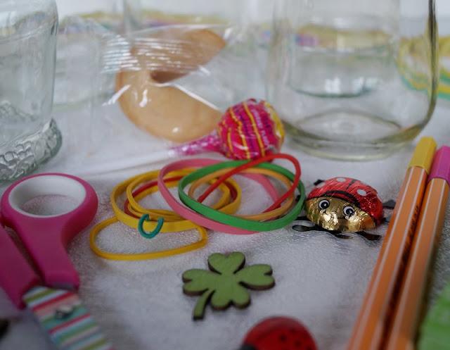 Glücksglas befüllen Inhalt  Geschenk Glücksgläser basteln Anleitung DIY