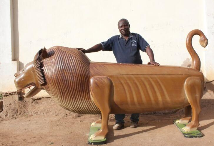 Paa Joe Lion Coffin