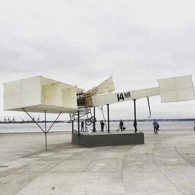 Avião 14 Bis Praça Mauá RJ