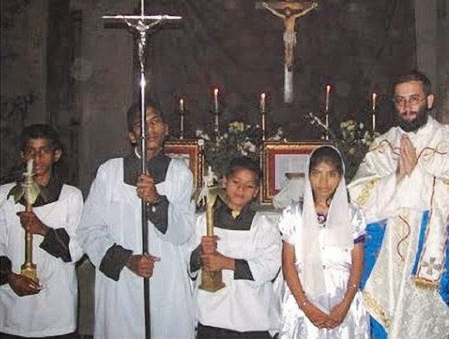 Batismos no Nepal.