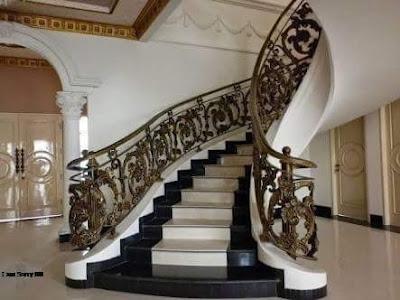 raling tangga layang  untuk rumah mewah