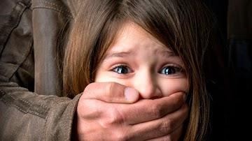 Pedofilia Iluminati: tentativas de normalizar o sexo entre adultos e crianças.