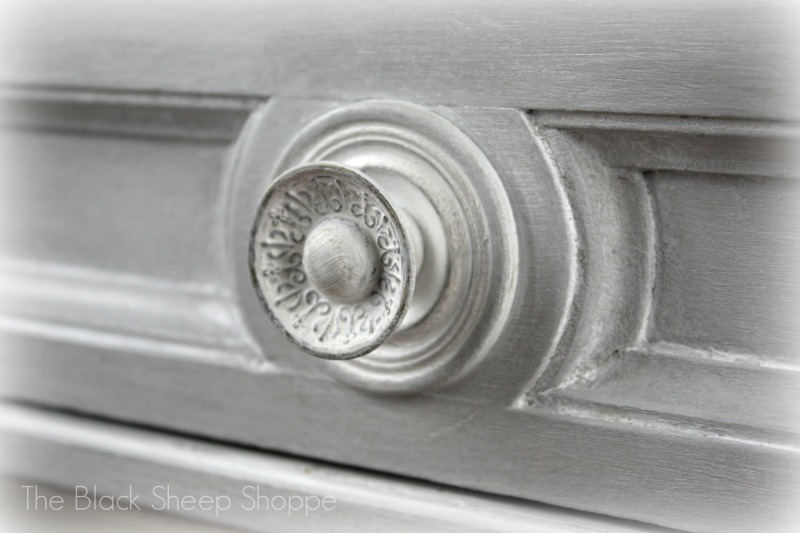 Gorgeous details on the drawer knobs!