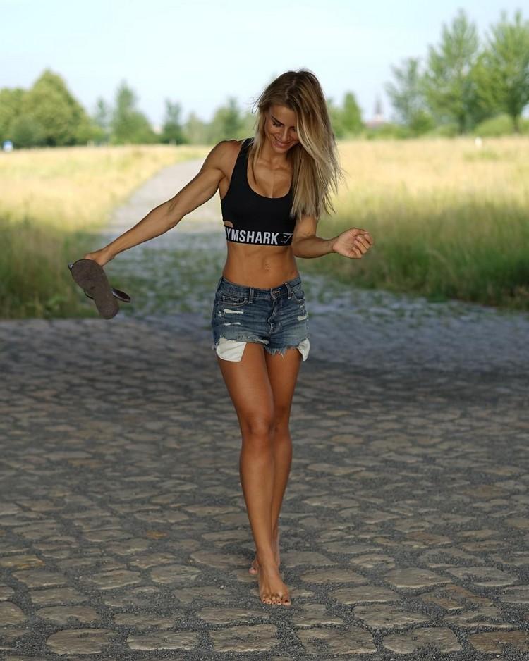 Best Female Fitness Models 2017 Adrienne Koleszár