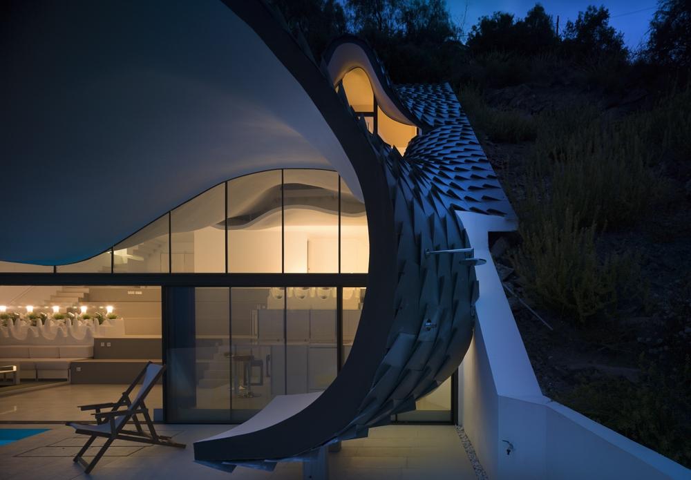 10-GilBartolomé-Pablo-Gil-Jaime-Bartolomé-Architecture-with-the-Casa-del-Acantilado-Cliff-House-www-designstack-co