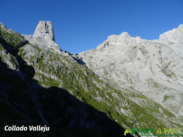 Ruta Pandebano - Refugio de Cabrones: Collado Vallejo