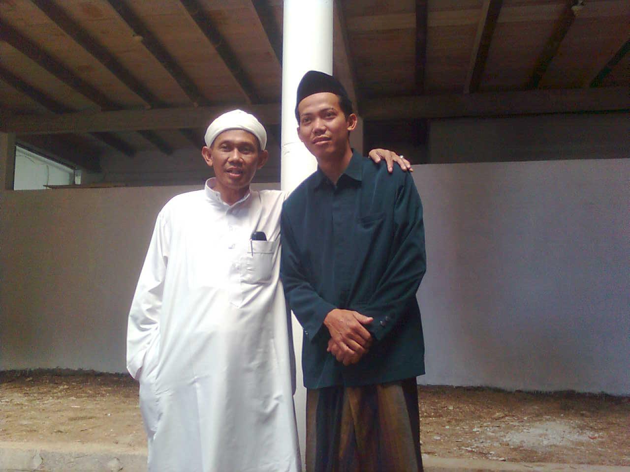 Pengasuh pondok Al-Amin Purwokerto dan kang Subagyo (kang bagyo)