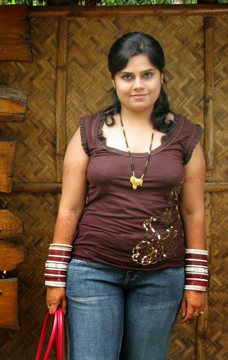 Happy Raikoti  Hot New Married Indian Bhabi Pictures-6072
