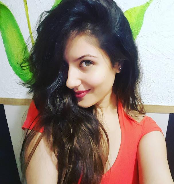 Pooja Banerjee Cute Instagram Images