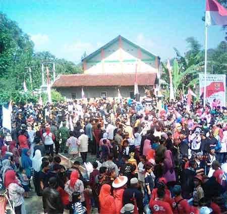 Warga Desa Ciburial Gelar Upacara Kemerdekaan