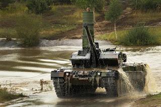 Tank Leopard 2 Bisa Menyeberangi Sungai