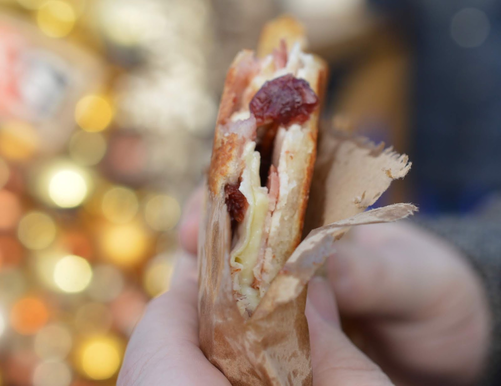 Top Tips for Driving to Edinburgh Christmas Markets with Kids - christmas toastie