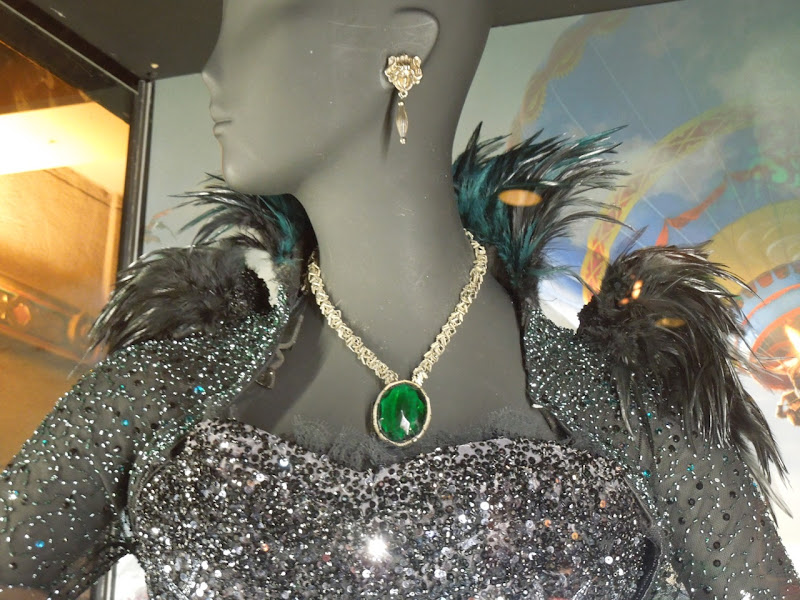 Evanora costume jewelry Oz Great Powerful