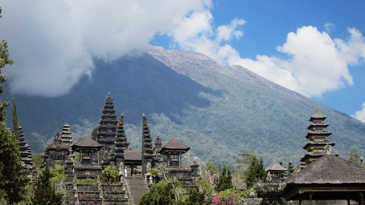 Aktivitas Vulkanik Gunung Agung Meningkat, PVBMG Naikkan Status Waspada