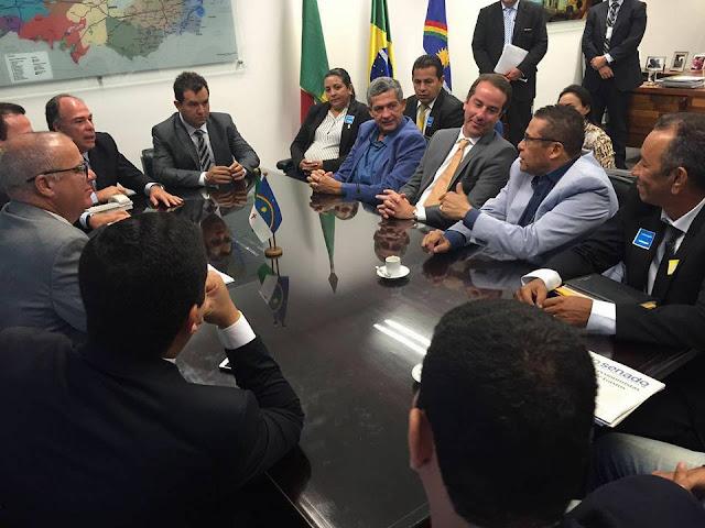 Lucrécio se encontra com ministros em Brasília