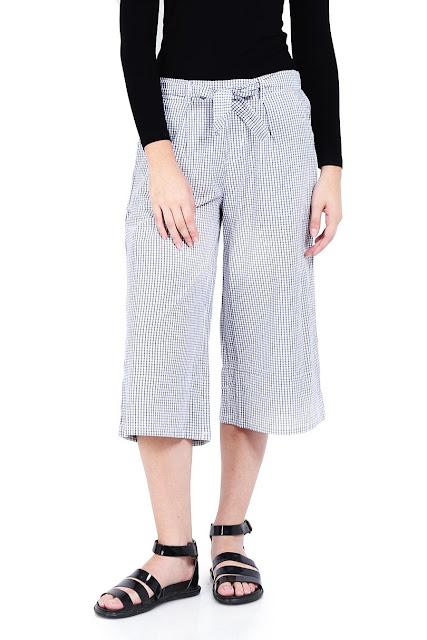 Tips Memilih Celana Wanita 3Second Berkualitas