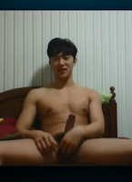 [2368] Korean boy show cock