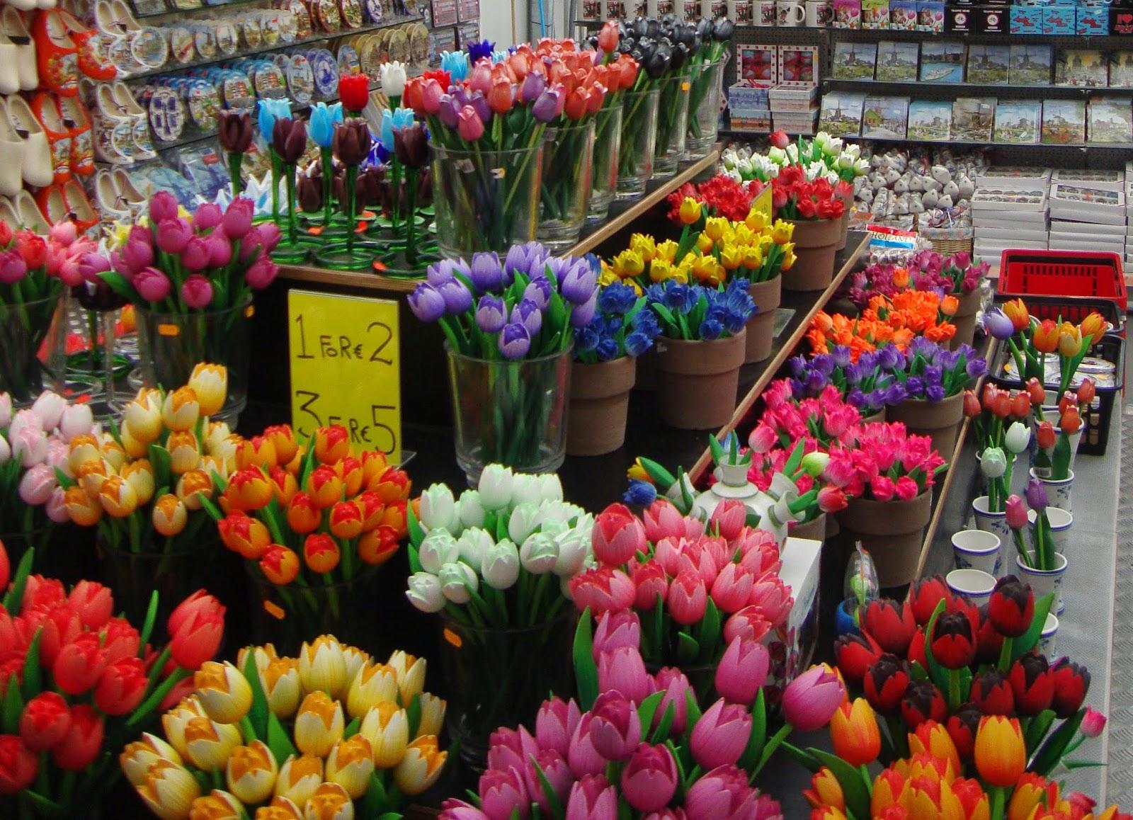 Lampada Fiore Tulipano : Un piccolo giardino in città: lolanda e i tulipani