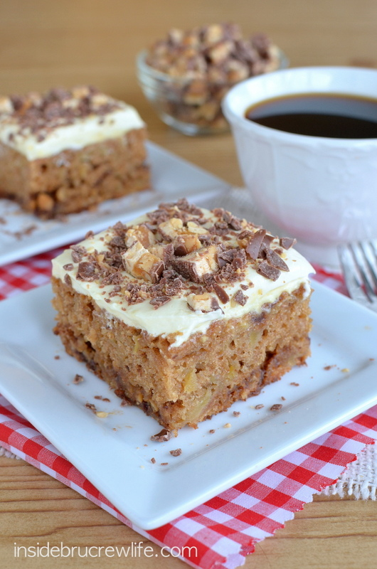 apple snickers cake