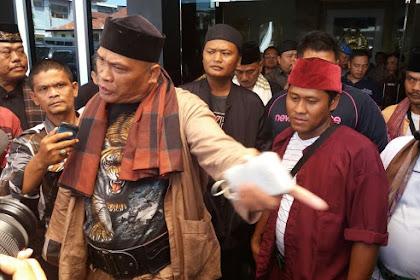 Damin Sada Sebut Pidato Jokowi Sekelas Preman Pasar, Bahkan Lebih Parah Dari Preman Pasar