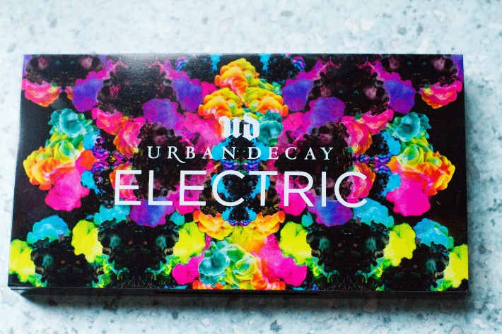 Beauty: Urban Decay Electric palette review + two looks
