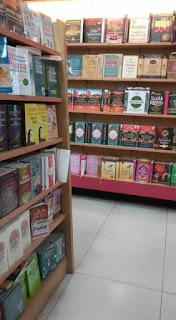 gramedia matraman, rak buku, buku agama