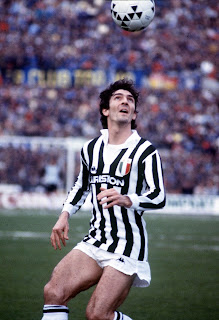 Paolo Rossi in action for Juventus