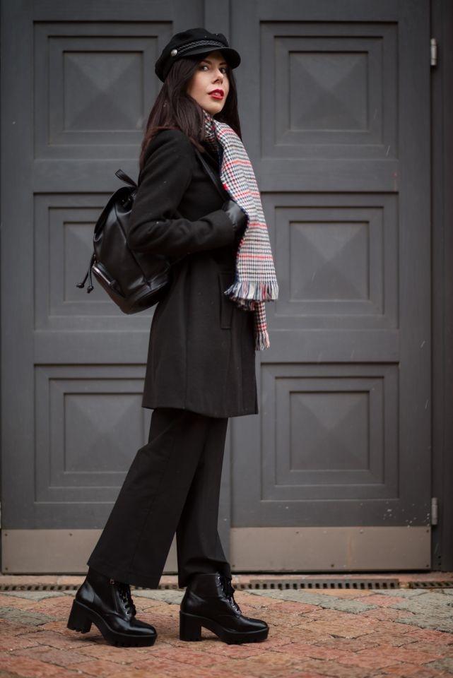 szerokie spodnie z jakimi butami nosić