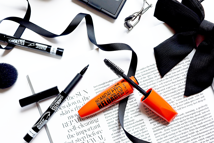 rimmel-scandaleyes-reloaded-mascara-review-flatlay-photography
