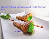 Cucurucho de hojaldre rellenos de ganache de chocolate blanco con menta