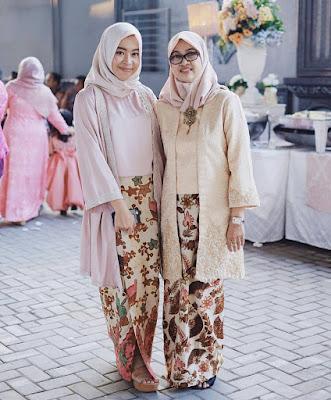 Kebaya Batik Hijab