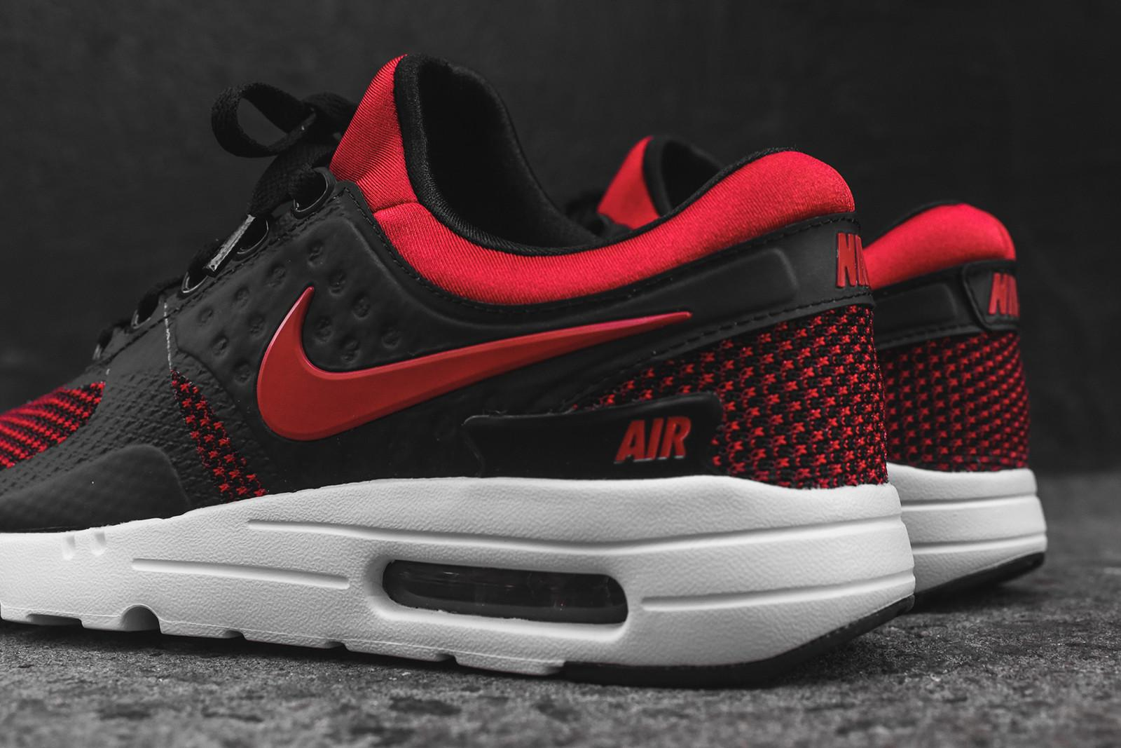 nike air max zero essential black red. Black Bedroom Furniture Sets. Home Design Ideas