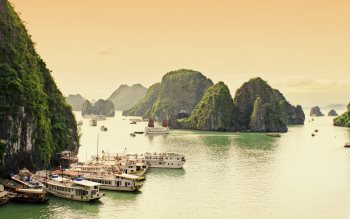 Wallpaper: View on Ha Long Bay
