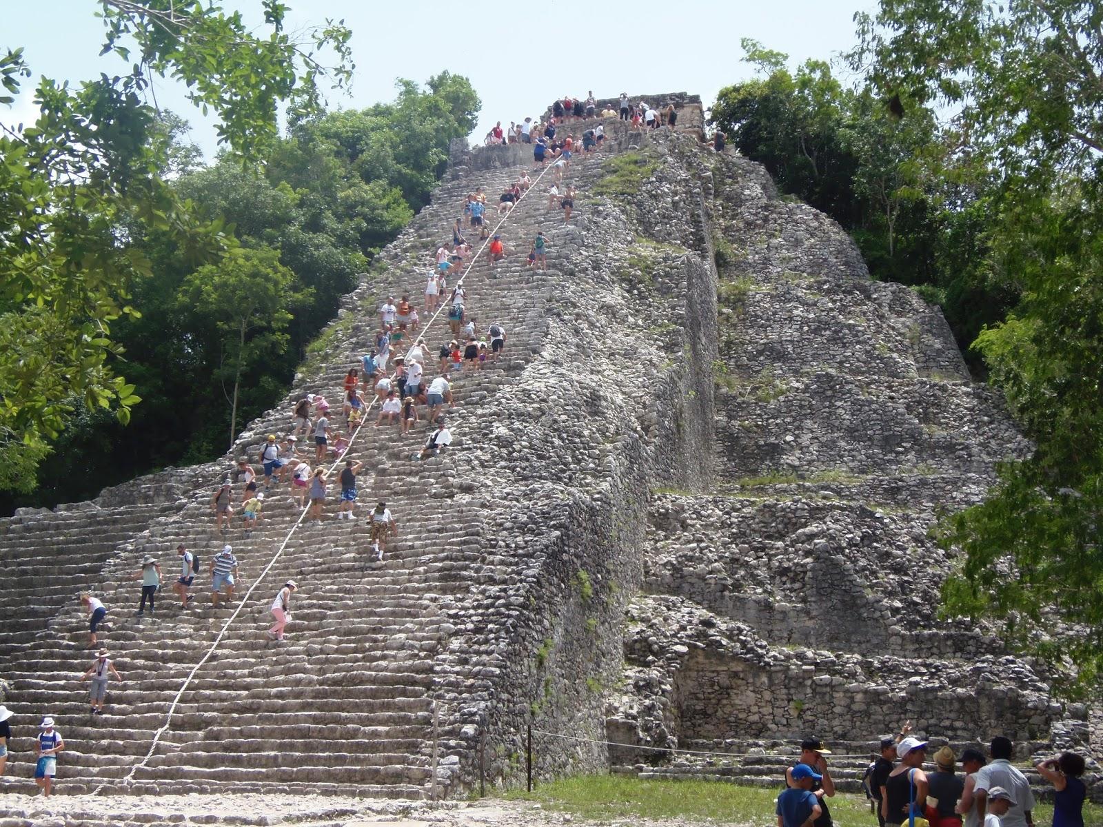 pyramid, climbing, mexico, mayan ruins, aztec, playa del carmen, holiday, travel, traveling, backpacking,