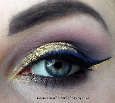 złoty makijaż z kreską